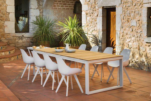 Mesa-y-sillas-460-1